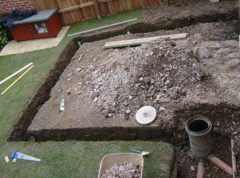 tb_2_dig_footings_and_site_drainage_350x260_min.jpg